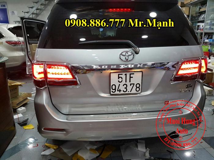 Độ Đèn Hậu Toyota Fortuner Tại Tphcm