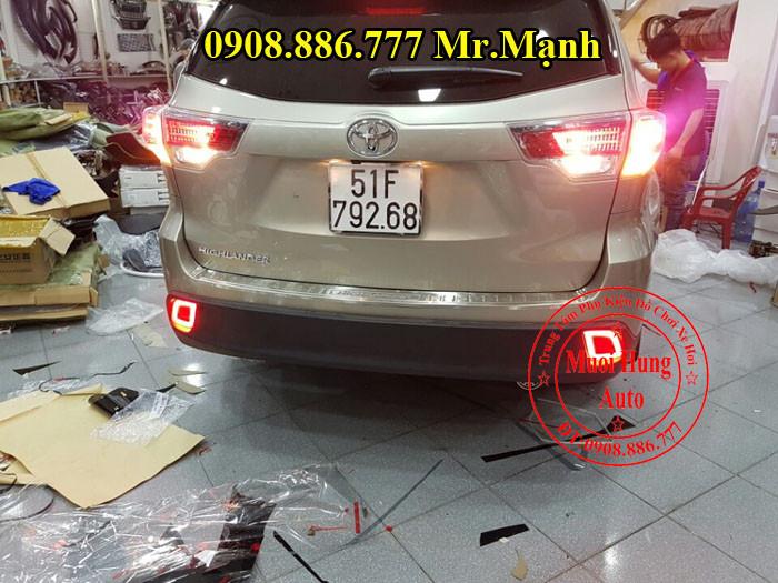 Độ Đèn Hậu Toyota Highlander Tại Tphcm