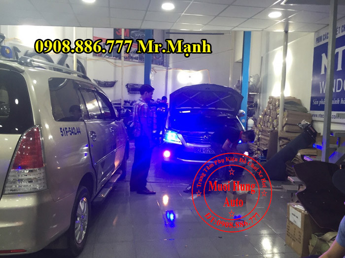 Độ Đèn Xe Toyota Innova Tại TPHCM 02