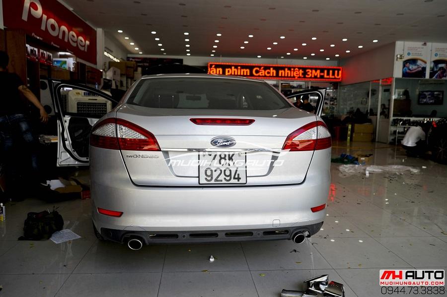 Độ Pô Ford Mondeo Kiểu Mercedes Chuyên Nghiệp