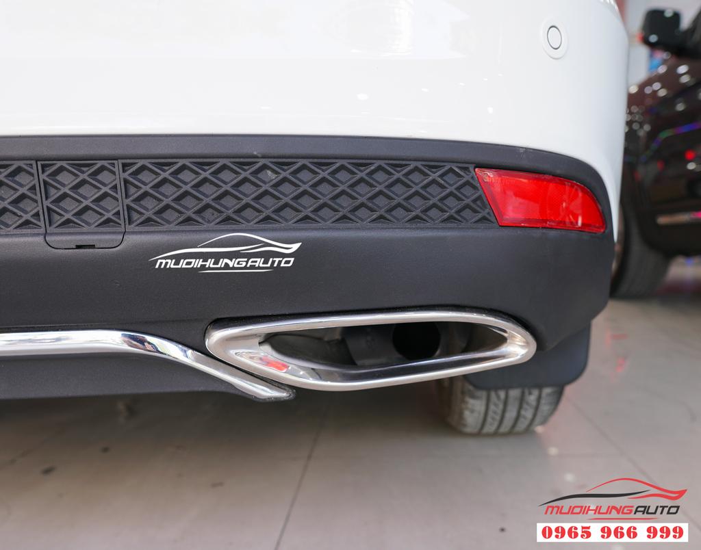 Độ pô Ford Focus mẫu líp mer E300 Chuyên nghiệp