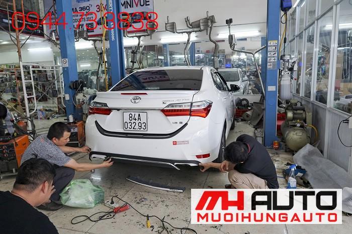 Độ Pô Kiểu Mercedes Cho Xe Toyota Altis 04