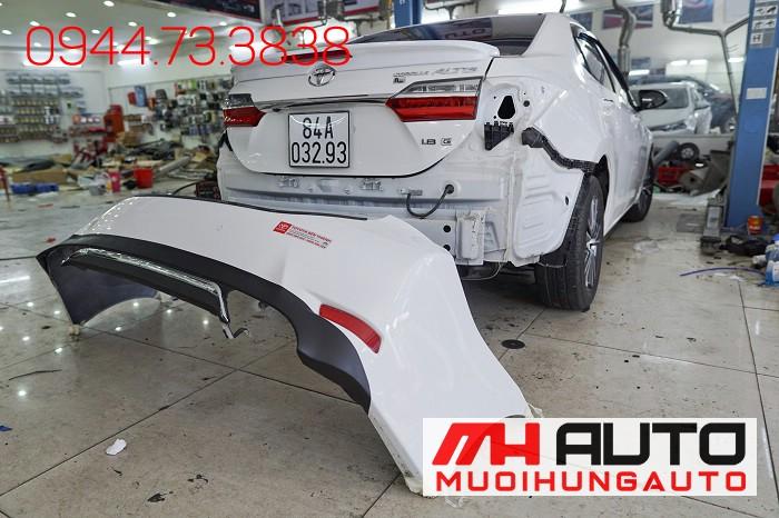 Độ Pô Kiểu Mercedes Cho Xe Toyota Altis 05