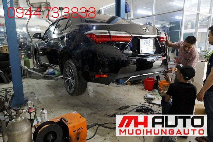 Độ Pô Kiểu Mercedes Cho Xe Toyota Altis