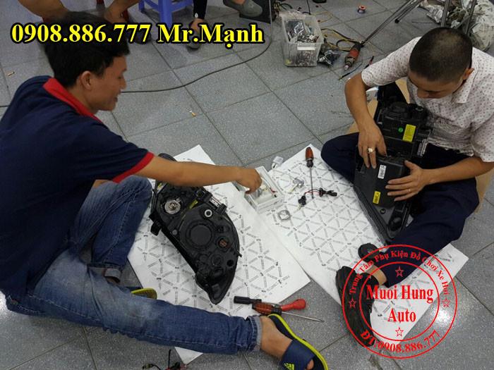 Lắp Bóng Xenon Chính Hãng Cho Xe Kia K3 04
