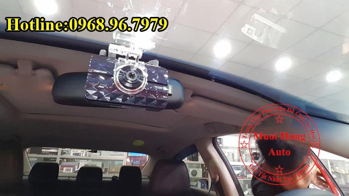 Gắn Camera Hành Trình GNet Gi500 Cho Oto 02