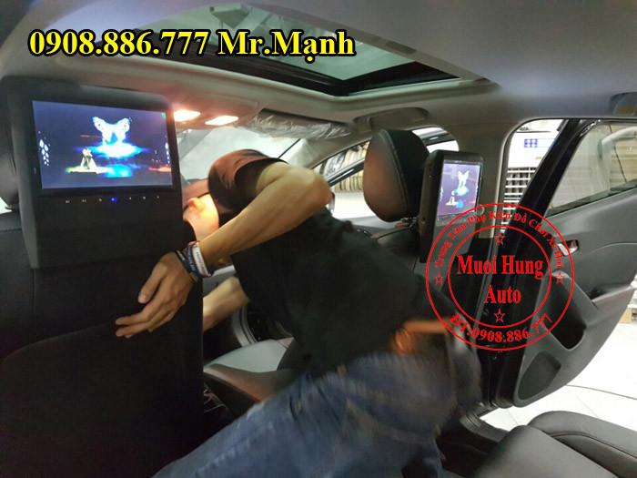 Màn Hình Gối Đầu Mazda 3 Chính Hãng 03
