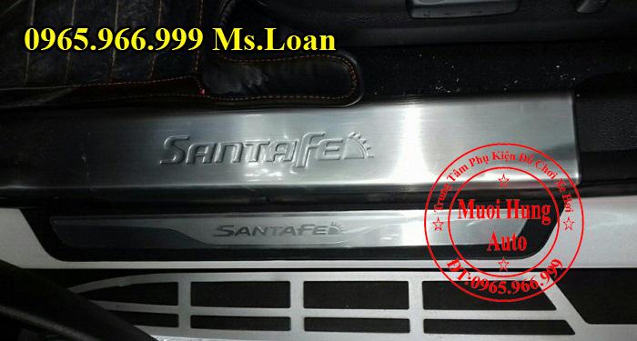 Nẹp Chống Trầy Bước Chân Hyundai Santafe 01