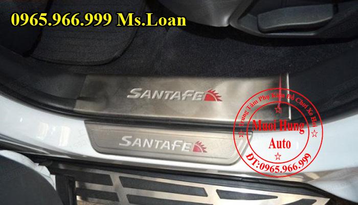 Nẹp Chống Trầy Bước Chân Hyundai Santafe 02