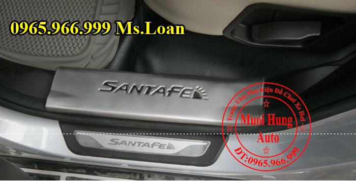 Nẹp Chống Trầy Bước Chân Hyundai Santafe 03