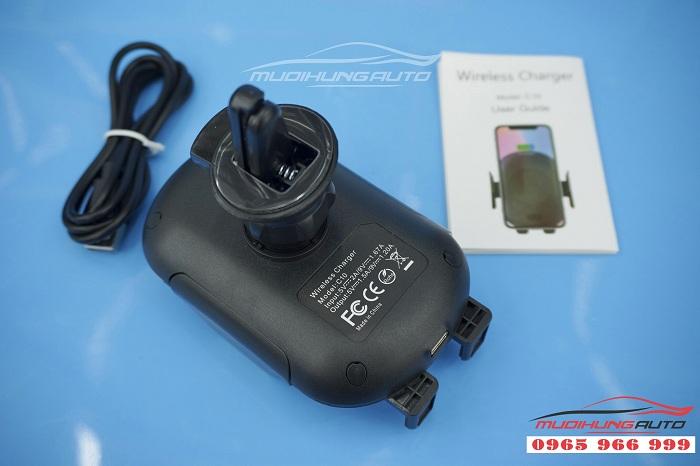 Sạc không dây cảm ứng C10 cao cấp dành cho ô tô 02