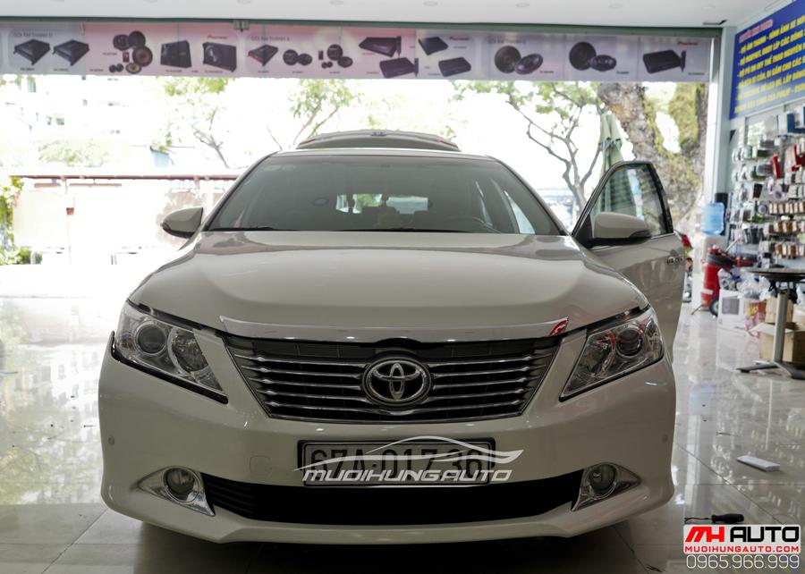 Toyota Camry Độ Mặt Ga Lăng Lexus, Đuôi Mercedes