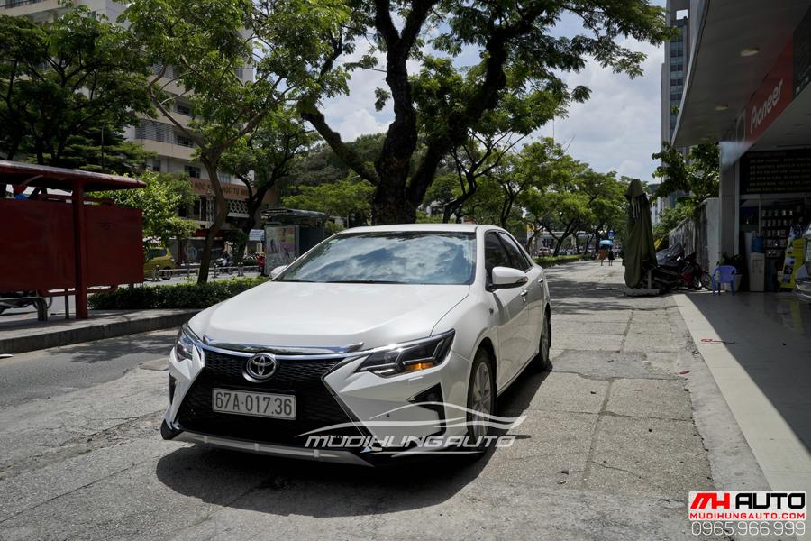 Toyota Camry Độ Mặt Ga Lăng Lexus, Đuôi Mercedes 04