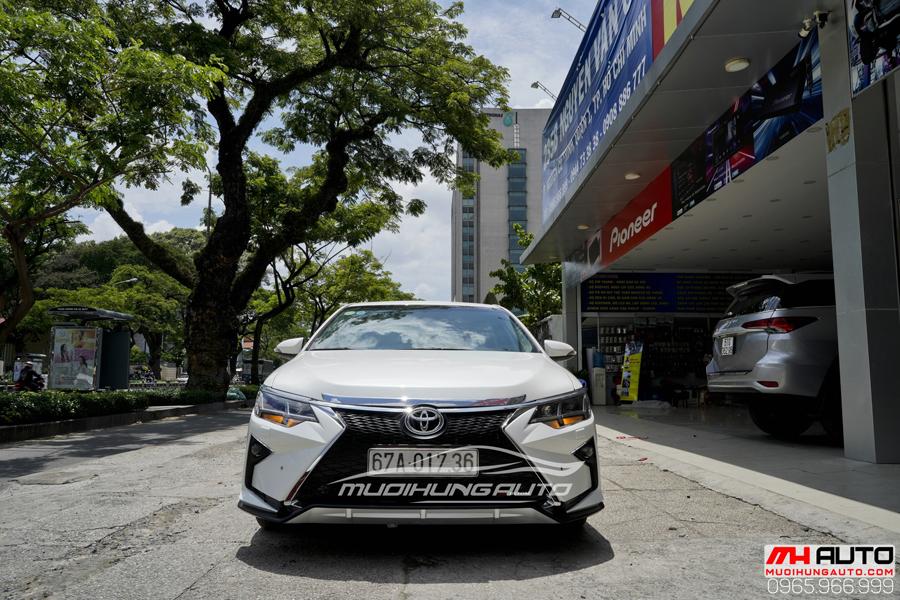 Toyota Camry Độ Mặt Ga Lăng Lexus, Đuôi Mercedes 05