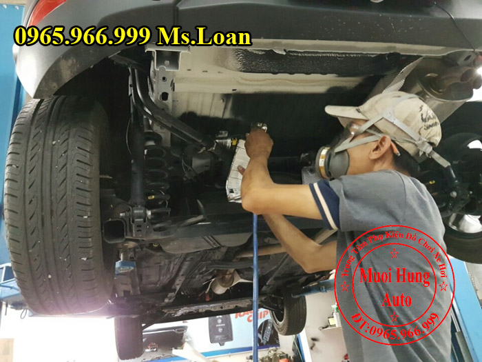 Xịt Gầm Chống Sét Cho Xe Ford Ecosport 05