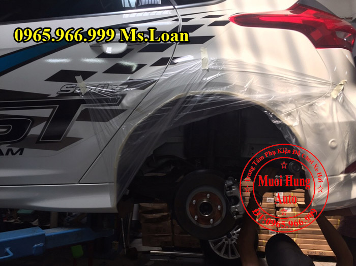 Xịt Gầm Chống Sét Cho Xe Ford Focus 02