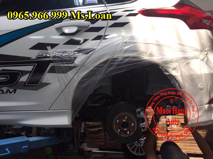 Xịt Gầm Chống Sét Cho Xe Ford Focus 03
